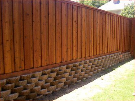 Деревянные заборы - свойства, плюсы и минусы, стоимость