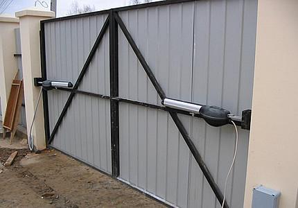 Электропривод для автоматических откатных ворот