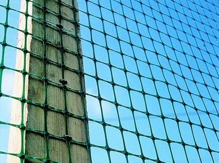 пластиковую сетку для строительства забора