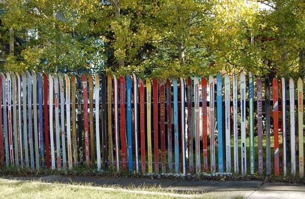 Забор из лыж