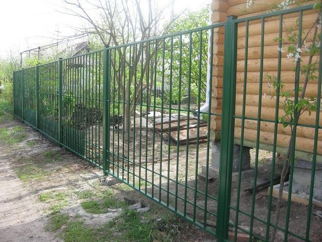 Забор из профильной трубы своими руками