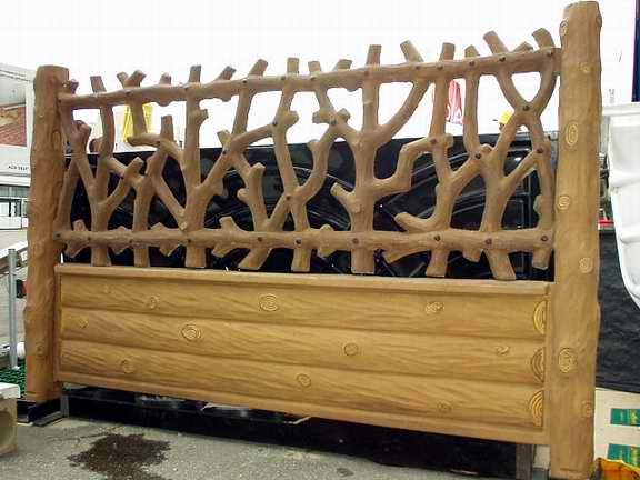 Деревянные заборы - нестареющая классика для современных усадеб